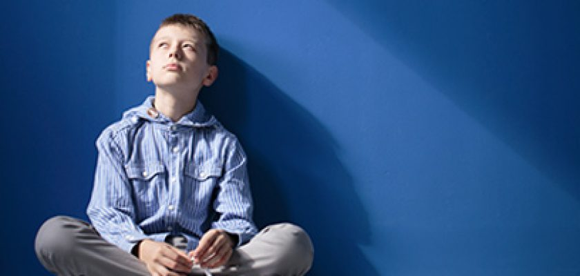 Autismusschule fügt Floating-Therapie in ihrem Lernplan hinzu